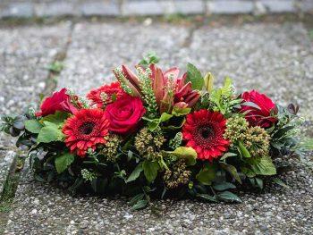 ikebana-rdece-gerbere-cvetlicarna-kavalir