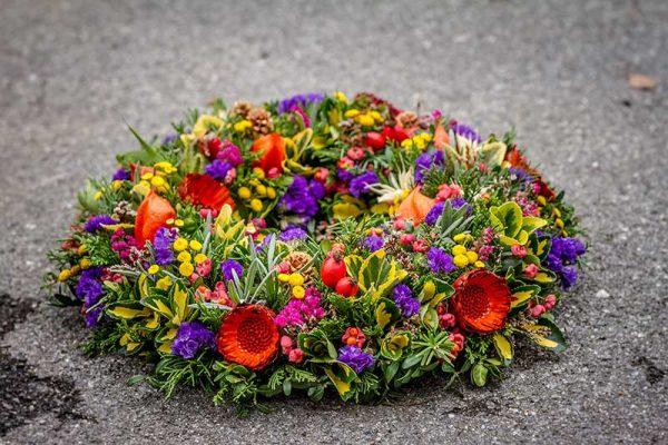 venec, ikebana 1.november cvetlicarna kavalir
