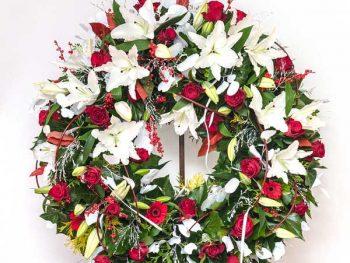 žalni venec vrtnice in lilije